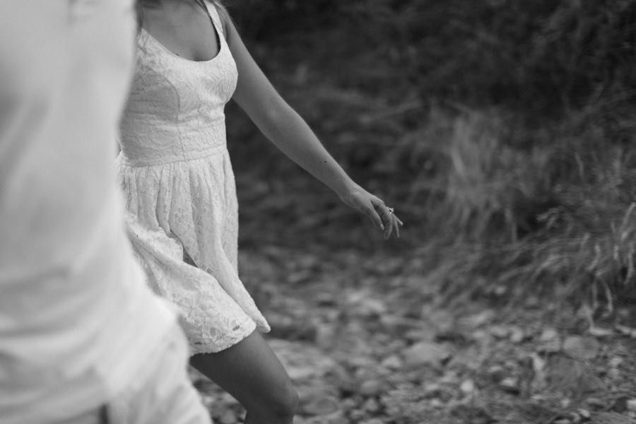 une-seance-engagement-dans-la-nature-ingrid-lepan-photographe-french-riviera-11